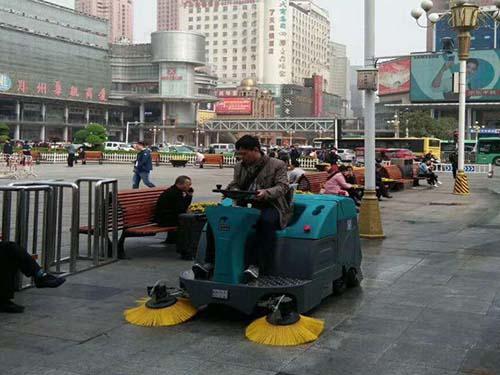 安徽大型洗地机价格