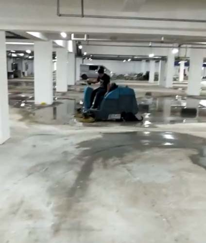 保定大型洗地机生产厂