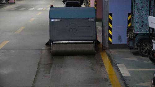 鞍山驾驶式洗地机推荐资讯