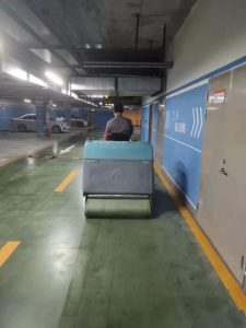 潮州驾驶式拖地车供应