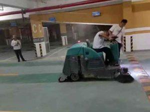 广西驾驶式拖地车厂家供货