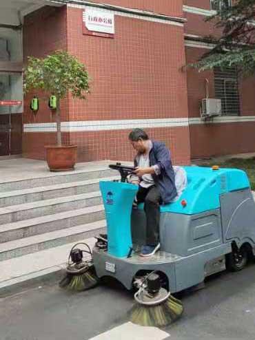 潮州洗地车供应商