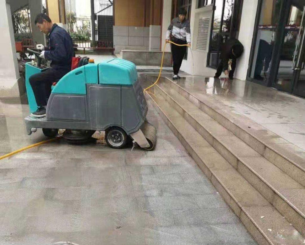 辽阳洗地车出售
