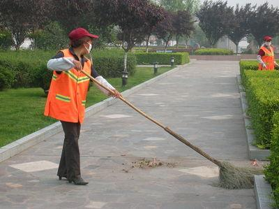 扫地车好用吗?看你怎么挑选