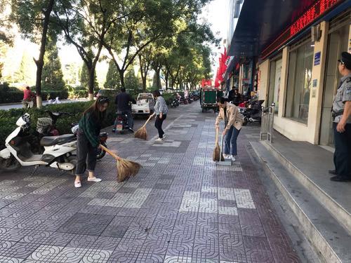 传统保洁的一场革命——清晨雨多功能一体扫地车