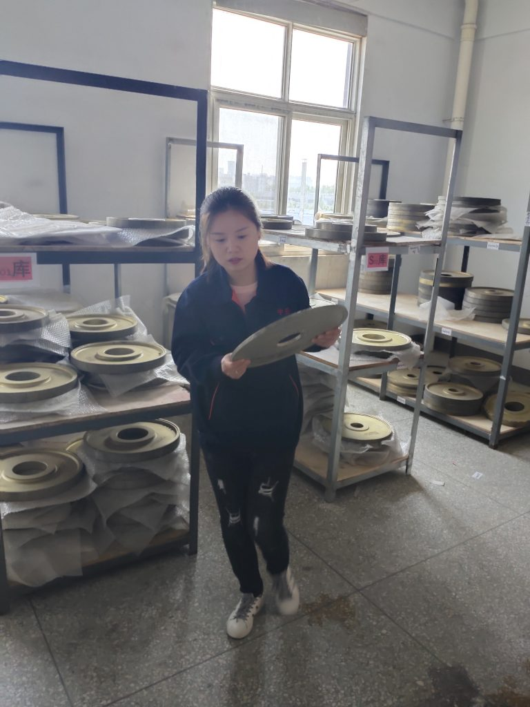 清晨雨&中岳员工风采|专访刘亚平,平凡的工作,做出精彩自己!