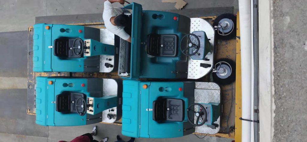 租赁电动扫地车小建议:扫地机日常维护和保养很重要